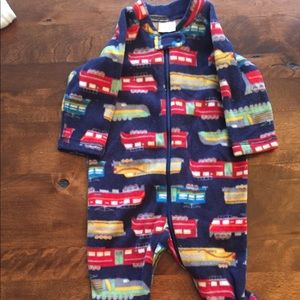 Hanna Anderson train footed pajamas size 60
